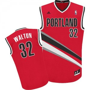 Maillot NBA Portland Trail Blazers #32 Bill Walton Rouge Adidas Swingman Alternate - Homme