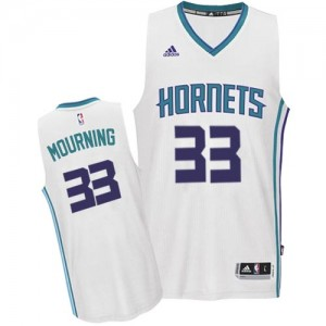 Maillot NBA Blanc Alonzo Mourning #33 Charlotte Hornets Home Swingman Homme Adidas
