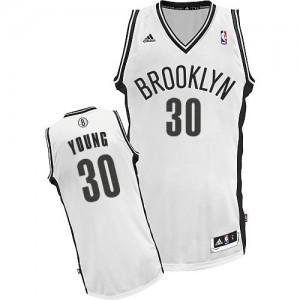 Brooklyn Nets Thaddeus Young #30 Home Swingman Maillot d'équipe de NBA - Blanc pour Femme