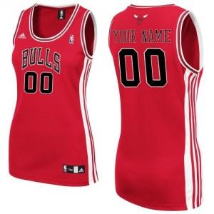 Maillot Adidas Rouge Road Chicago Bulls - Swingman Personnalisé - Femme