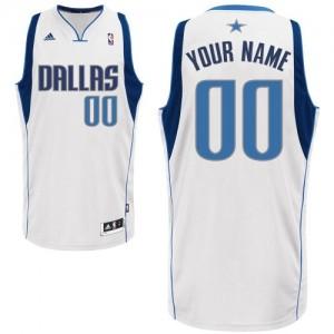 Dallas Mavericks Personnalisé Adidas Home Blanc Maillot d'équipe de NBA Expédition rapide - Swingman pour Homme