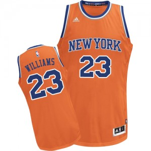 Maillot NBA New York Knicks #23 Derrick Williams Orange Adidas Swingman Alternate - Homme