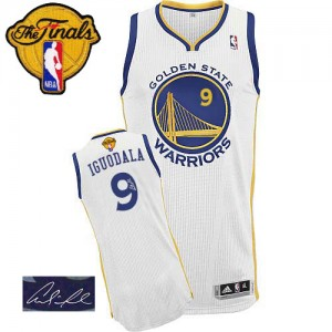 Maillot NBA Golden State Warriors #9 Andre Iguodala Blanc Adidas Authentic Home Autographed 2015 The Finals Patch - Homme