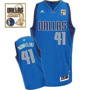 Maillot NBA Swingman Dirk Nowitzki #41 Dallas Mavericks Road Champions Patch Bleu royal - Homme
