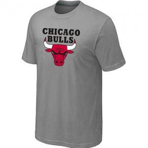 Chicago Bulls Big & Tall Tee-Shirt d'équipe de NBA - Gris clair pour Homme