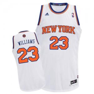 Maillot Adidas Blanc Home Swingman New York Knicks - Derrick Williams #23 - Homme