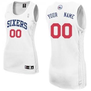 Philadelphia 76ers Authentic Personnalisé Home Maillot d'équipe de NBA - Blanc pour Femme