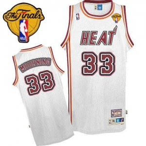 Maillot NBA Blanc Alonzo Mourning #33 Miami Heat Throwback Finals Patch Swingman Homme Adidas