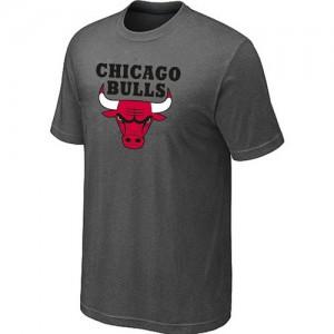 Chicago Bulls Big & Tall Tee-Shirt d'équipe de NBA - Gris foncé pour Homme